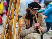 Prolínání - Sen o Jizerských horách aneb Smržovský jarmark připomněl řadu zajímavých řemesel jako je paličkování, košíkářství či kovářství.
