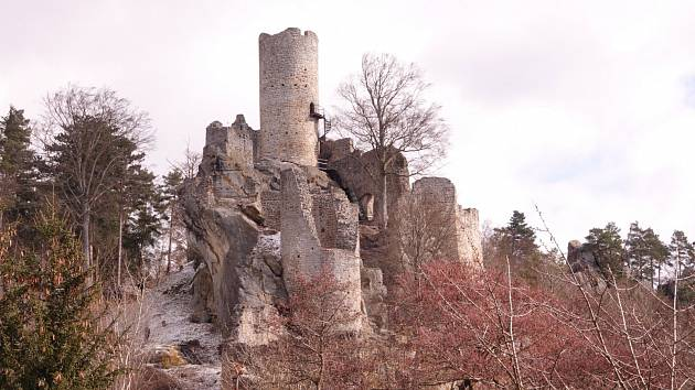 Výlet na zříceninu hradu Frýdštejn.