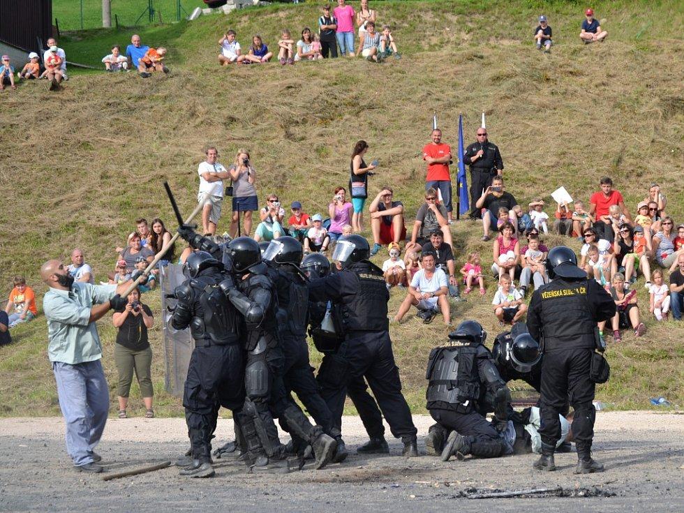 Mezinárodní den IZS pod Tanvaldským Špičákem.