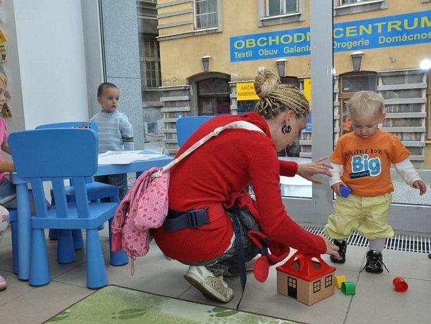 Více informací najdete na www.mestojablonec.cz nebo u koordinátorky prorodinné politiky: Simona Hušková, 483 357 630