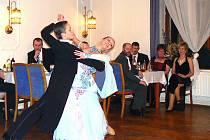 Ples v hotelu Petřín.