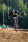 Kvalifikace závodu světové série horských kol ve fourcrossu, JBC 4X Revelations, proběhla 14. července v bikeparku v Jablonci nad Nisou. Finále se koná 15. července. Na snímku je Benjamin Ehrlich.
