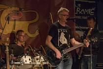 Skupina zavítala do Jablonce v rámci svého turné s novým albem Třínohý pes.