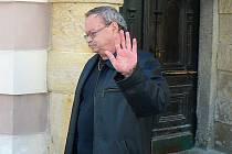 JÁ NIC. Fotbalista Daniel Pudil o řidičák kvůli řízení v opilosti nepřijde. Podle rozhodnutí státního zástupce Karla Hádka (na snímku) si jej může vyzvednout na radnici.