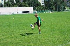 Fotbalová školička FK Jablonec funguje už přes dvacet let.Mezi malé fotbalisty přijdou i prvoligoví hráči FK Jablonec.
