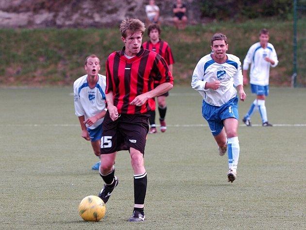V posledním přípravném utkání, které na domácím hřišti odehrála Desná,  se objevil Tomáš Soukup.