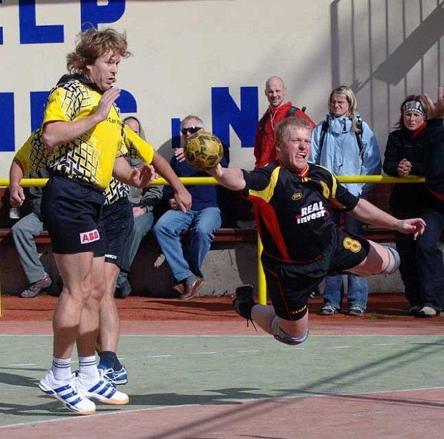 Jablonečtí házenkáři B týmu a dorostu na podzim úspěšně reprezentovali svůj tým v Severočeské lize.