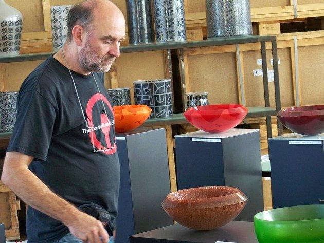 Zdeněk Lhotský v galerii na Chlístově