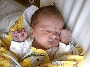 Chlapeček se narodil Martině a Martinovi Mitáčkovým z Jablonce nad Nisou 22.10.2015. Měřil 50 cm a vážil 3200 gramů.