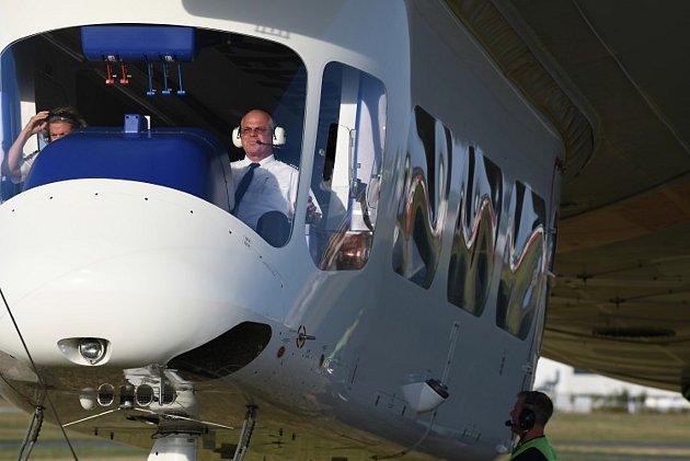 Tahle přiletí do Jablonce. Zeppelin New Technology (NT) je jednou znejvětších provozuschopných vzducholodí na světě.
