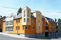Bytové domy v Horské ulici v Jablonci bojují o titul Stavba roku.