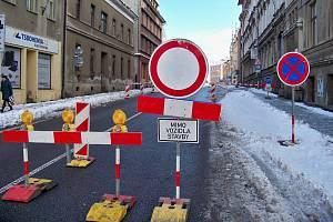 Omezení v Podhorské ulici trvá od prosince.