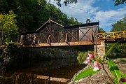 Dřevěný most v Bystré nad Jizerou.