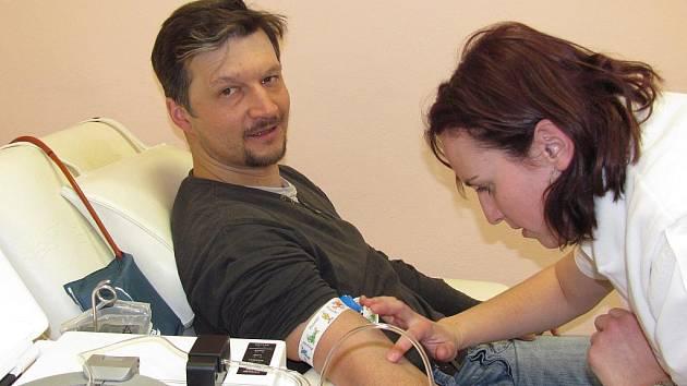 NA ODBĚRU PLAZMY. Termíny návštěvy transfúzního oddělení si Jakub Zajíc v současné době upravuje podle kalendáře závodů na lyžích.