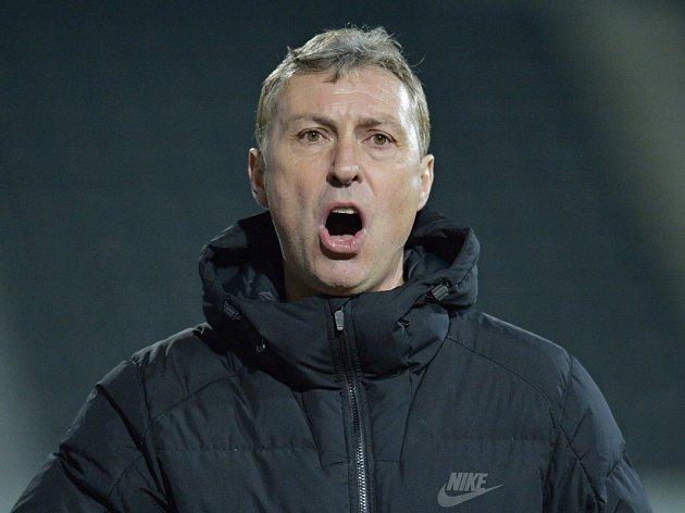 ZDENĚK KLUCKÝ, trenér jabloneckých fotbalistů.