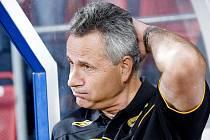 FK Baumit Jablonec na hřišti SK Sigmy Olomouc. Na snímku hostující trenér František Komňacký krátce po skončení zápasu.