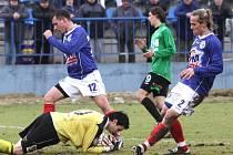 Fotbalisté FK Baumit po zásluze vedli góly Lafaty a Hlouška z druhé půle už 2:0. Nakonec se ale o tři body obávali. Kladno Szabem z penalty snížilo, ale stav se dál nezměnil.
