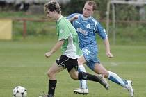 Vélké Hamry doma poprvé bodovaly. Porazily Doubí (v modrém) 2:0.