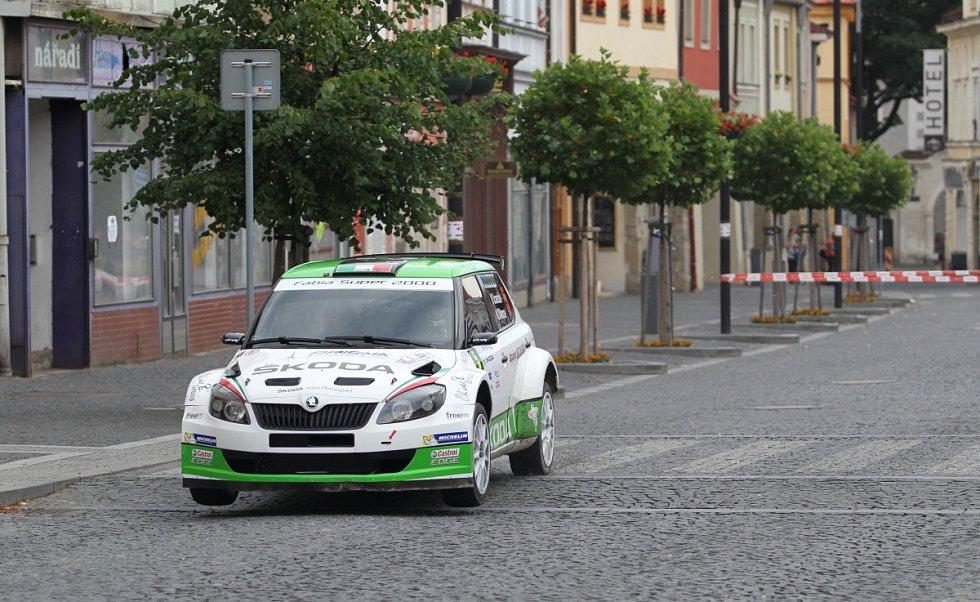 Na snímku je posádka Umberto Scandola – Guido D'Amore s vozem Škoda Fabia Super 2000.