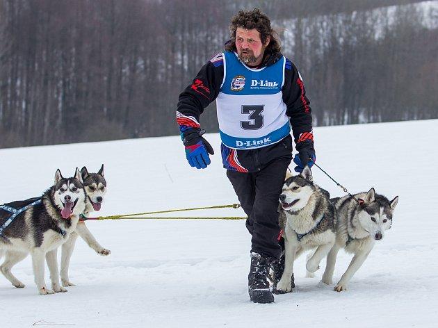 Mistrovství České republiky psích spřežení se jelo 11. února 2017 v Zásadě na Jablonecku. Jely se kategorie sprint a mid, délka tratí byla od 11 do 40 kilometrů.