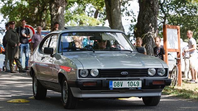 28. ročník Letní slavnosti Eurion ve Smržovce vrcholil v neděli Pivrncovou jízdou veteránů.
