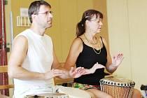 Workshop tance a bubnování nabízí aktivně prožité dopoledne.
