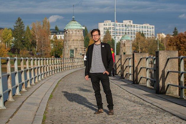 Ondřej Kolek, předseda České pirátské strany pro Liberecký kraj, na snímku z21. října vJablonci nad Nisou.