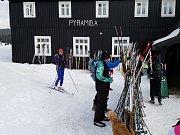 Druhý březnový víkend se v Jizerkách vyvedl. Na Jizerské magistrále bylo rušno nejen na nástupních místech ale i na Jizerce.