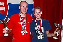 Sourozenci Olda a Jva Šorfovi skončili na mistrovství ČR a SR v prašutismu Jablonečané druzí v přesnosti přistání.