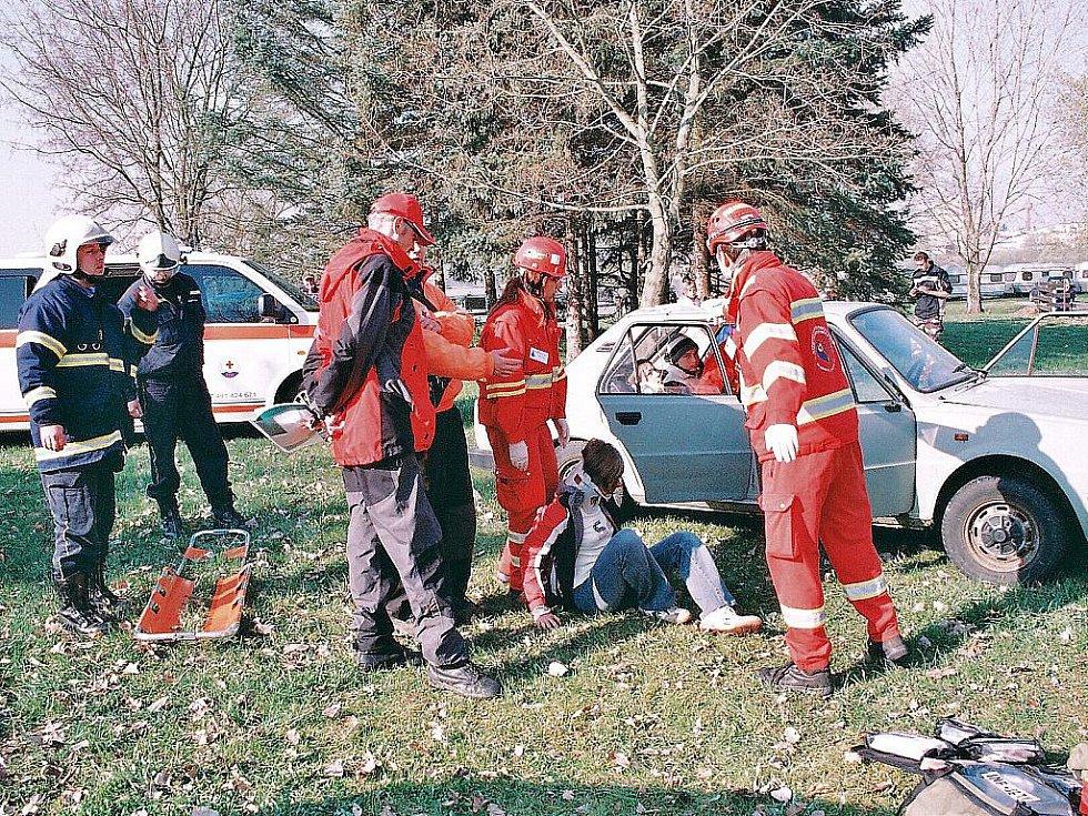 Již pět let se k vodní nádrži Rozkoš u České Skalice sjíždějí týmy dobrovolníků a profesionálů z různých koutů České republiky, ale i ze Slovenska. Více než stovka účastníků změřila před několika dny své síly při Rescue Rozkoš.