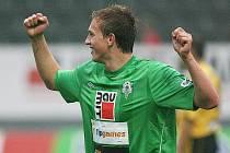 Jan Kopic se raduje ze své první ligové branky, kterou vstřelil proti Bohemians 1905.