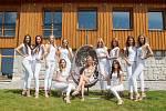 Soustředění Miss ČR v Bedřichově v hotelu Premiér v Jizerských horách