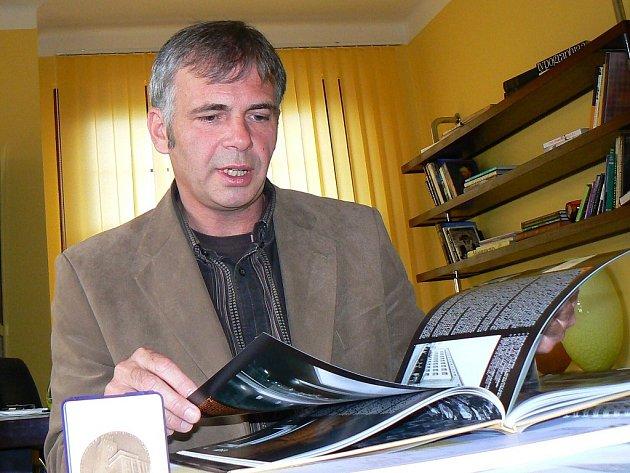 Nákladnou rekonstrukci radnice za celkem 570 milionů korun má v kompetenci jablonecký  místostatosta Petr Vobořil.