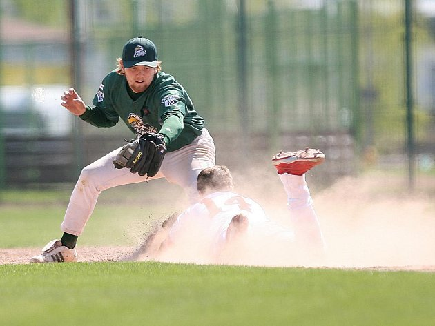 Baseballisté Blesku ze dvou domácích zápasů získali jedno vítězství a jednou prohráli.