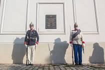 Slavnostní odhalení a požehnání pamětní desky padlým účastníkům bojů v roce 1849 a 1866 proběhlo 21. září u kostela sv. Anny v Jablonci nad Nisou.