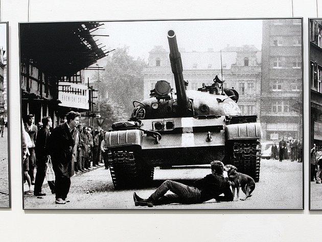 Od 21. 8 je v Severočeském muzeu v Liberci k vidění výstava fotografií a artefaktů z okupace nazvaná Liberec 1968.
