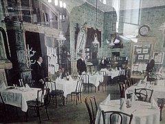 Fotografie Hotelu Praha z roku 1968.