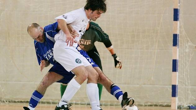 V krajském přeboru futsalistů nestačil JASIP (v modrém) na Démony B.