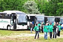 Kolonu, která čítala dvacet pět autobusů, postavila ČSAD Semily, jež dopravila jablonecké fanoušky do Prahy na fotbal a zpět.