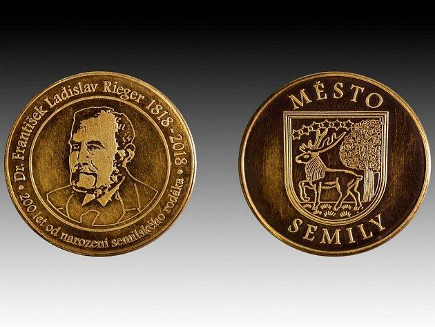 Ojedinělou pamětní minci k letošnímu 200. výročí narození slavného rodáka, Dr. F. L. Riegra, vydala v těchto dnech semilská radnice.