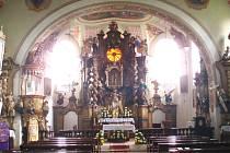 Interiéry bozkovského kostela