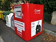 Na dvou stanovištích, v ulici 1. máje a v ulici Petra Bezruče, jsou umístěny nové kontejnery na elektrozařízení.