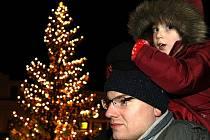 Rozsvícení vánočního stromu v Jablonci.