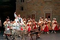 Příznivce  Bolšovo baletu v Moskvě potěší balet MARCO SPADA v choreografii Pierra Lacotta na hudbu D.F.E. Auber.