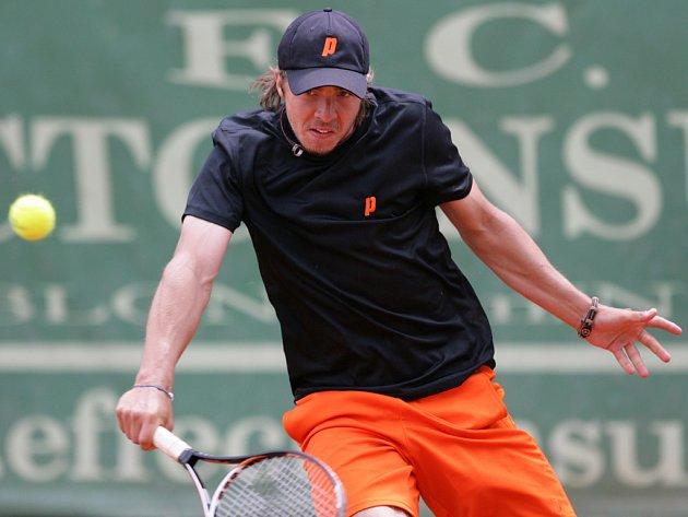 Finále dvouhry tenisového turnaje Futures 2012. Na snímku vítěz turnaje Andrej Martin ze Slovenska.