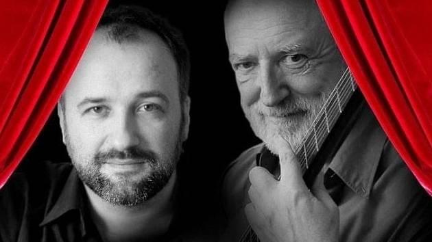 Kytarista Štěpán Rak vystoupí v Jablonci se synem Matějem.
