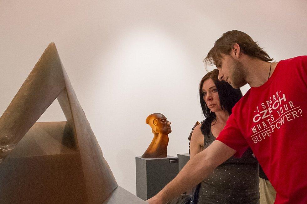 Výstava Tavená skleněná plastika II