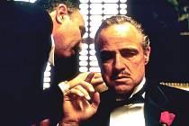 Mistrovské epické díl Francise Forda Coppoly Kmotr s Marlonem Brandem v hlavní roli. Uvidí jej diváci jen ve 12 kinech v ČR.