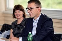 V čele firmy stál od té doby až do konce listopadu krizový management, v pozici ředitele dosud působil Pavel Spilka (na snímku)