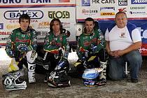 Jiřetínský motoklub byl již potřetí pověřen řízením české státní reprezentace na motocyklové Šestidenní, jejíž čtyřiaosmdesátý ročník se letos koná v přímořském portugalském středisku Figueira da Foz.